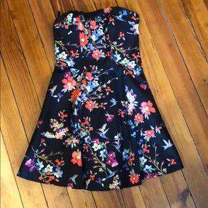Short floral strapless dress
